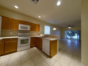 Additional photo for property listing at 817 Quartz Terrace 817 Quartz Terrace West Palm Beach, Florida 33411 United States