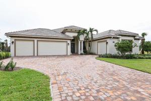 Casa Unifamiliar por un Venta en 5234 SW Blue Daze Way 5234 SW Blue Daze Way Palm City, Florida 34990 Estados Unidos