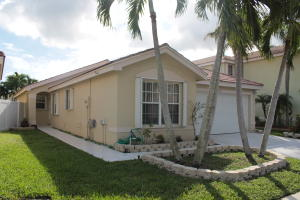 Single Family Home for Rent at 7042 Chesapeake Circle 7042 Chesapeake Circle Boynton Beach, Florida 33436 United States