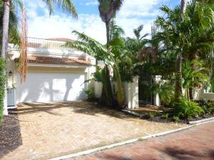 Casa para uma família para Locação às 3589 Captains Walk 3589 Captains Walk Delray Beach, Florida 33483 Estados Unidos