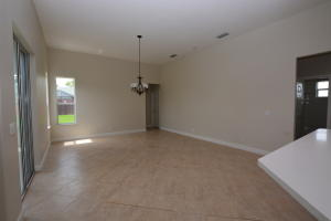 Additional photo for property listing at 2052 SW Gailwood Street 2052 SW Gailwood Street Port St. Lucie, Florida 34987 Vereinigte Staaten