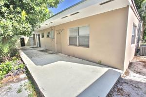 Additional photo for property listing at 3121 NE 13th Avenue 3121 NE 13th Avenue Pompano Beach, Florida 33064 Vereinigte Staaten
