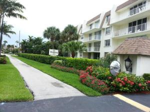 Condominium for Rent at 3575 S Ocean Boulevard 3575 S Ocean Boulevard Palm Beach, Florida 33480 United States