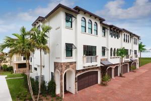Townhouse for Sale at 605 Windward Circle 605 Windward Circle Boynton Beach, Florida 33435 United States