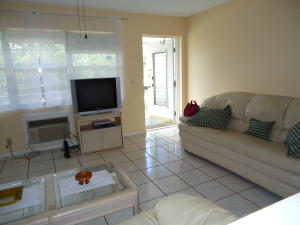 Additional photo for property listing at 247 Canterbury K 247 Canterbury K West Palm Beach, Florida 33417 Vereinigte Staaten