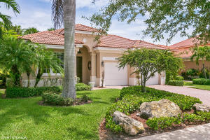 واحد منزل الأسرة للـ Sale في 12061 Aviles Circle 12061 Aviles Circle Palm Beach Gardens, Florida 33403 United States