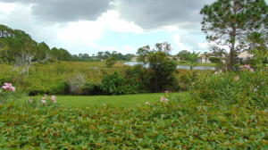 Additional photo for property listing at 112 SW Peacock Boulevard 112 SW Peacock Boulevard Port St. Lucie, Florida 34986 United States
