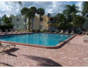 Additional photo for property listing at 409 Executive Center Drive 409 Executive Center Drive West Palm Beach, Florida 33401 Estados Unidos
