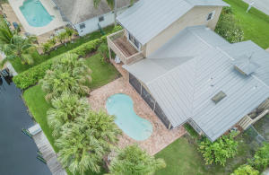 Single Family Home for Sale at 1739 SW Dyer Point Road 1739 SW Dyer Point Road Palm City, Florida 34990 United States