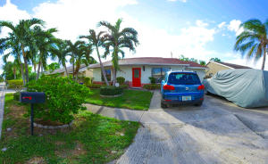 Additional photo for property listing at 5958 Ithaca Circle 5958 Ithaca Circle Lake Worth, Florida 33463 United States