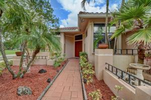 Property for sale at 1074 Deerwood Lane, Weston,  FL 33326