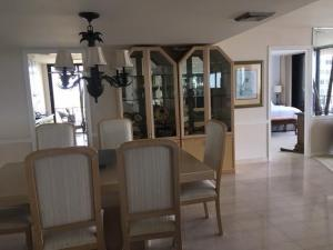 Additional photo for property listing at 4200 N Ocean Drive 4200 N Ocean Drive Riviera Beach, Florida 33404 Estados Unidos