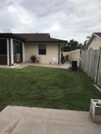 Additional photo for property listing at 3023 SE Bamboo Street 3023 SE Bamboo Street Stuart, Florida 34997 Estados Unidos