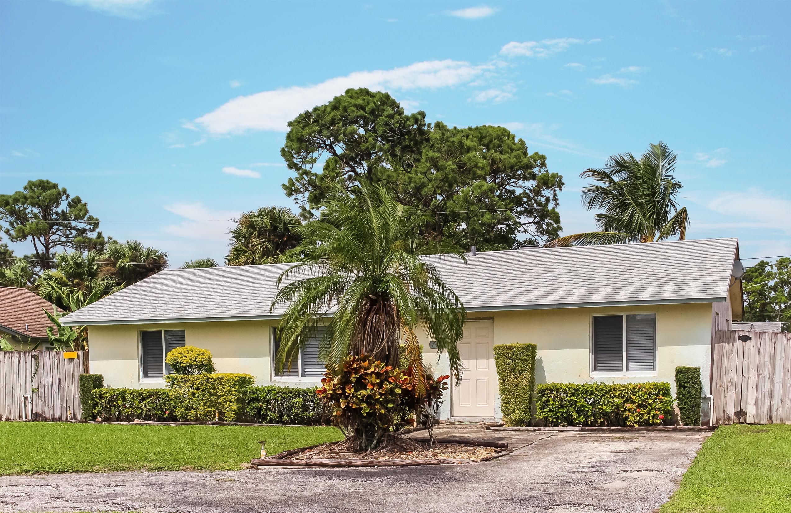 7457 Overlook Drive Lake Worth, FL 33467