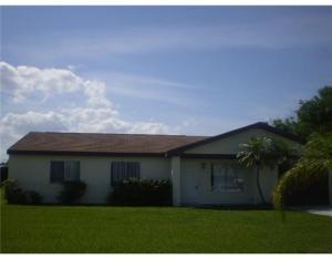Maison unifamiliale pour l à louer à Park Edge, 779 SW Belmont Circle 779 SW Belmont Circle Port St. Lucie, Florida 34953 États-Unis