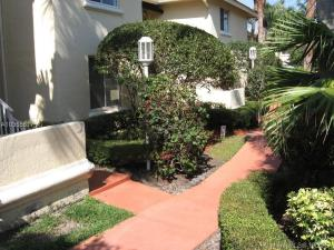 Condominium for Rent at 16105 Glenmoor Drive 16105 Glenmoor Drive West Palm Beach, Florida 33409 United States