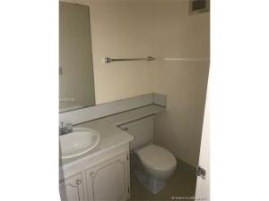 Additional photo for property listing at 179 Andover G 179 Andover G West Palm Beach, Florida 33417 Estados Unidos