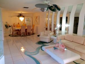 Appartement en copropriété pour l à louer à 22715 SW 66th Avenue 22715 SW 66th Avenue Boca Raton, Florida 33428 États-Unis