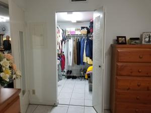 Additional photo for property listing at 3138 Via Poinciana 3138 Via Poinciana Lake Worth, Florida 33467 États-Unis