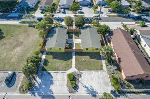 Multi-Family Home for Sale at 125 SW 12th Avenue 125 SW 12th Avenue Delray Beach, Florida 33444 United States