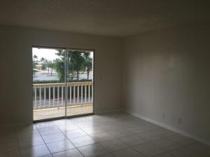 Additional photo for property listing at 1500 N Congress Avenue 1500 N Congress Avenue West Palm Beach, Florida 33401 États-Unis