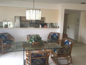 Additional photo for property listing at 1810 Fairway Drive 1810 Fairway Drive Jupiter, Florida 33477 Estados Unidos