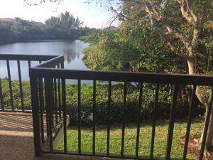 Additional photo for property listing at 1810 Fairway Drive 1810 Fairway Drive Jupiter, Florida 33477 United States
