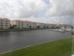 Eigentumswohnung für Mieten beim 8 Harbour Isle Drive 8 Harbour Isle Drive Hutchinson Island, Florida 34949 Vereinigte Staaten
