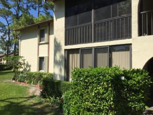 Additional photo for property listing at 339 Knotty Pine Circle 339 Knotty Pine Circle Greenacres, Florida 33463 Estados Unidos