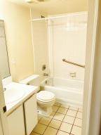 Additional photo for property listing at 3186 Via Poinciana 3186 Via Poinciana Lake Worth, Florida 33467 États-Unis