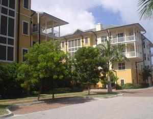 Condominium for Rent at 3940 N Flagler Drive 3940 N Flagler Drive West Palm Beach, Florida 33407 United States