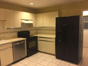 Additional photo for property listing at 146 Sparrow Drive 146 Sparrow Drive West Palm Beach, Florida 33411 Estados Unidos