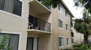Condominio por un Alquiler en 9150 W Atlantic Boulevard 9150 W Atlantic Boulevard Coral Springs, Florida 33071 Estados Unidos