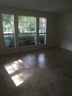 Additional photo for property listing at 1055 Crystal Way 1055 Crystal Way Delray Beach, Florida 33444 United States