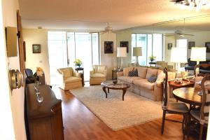 Condomínio para Locação às 14671 Bonaire Boulevard 14671 Bonaire Boulevard Delray Beach, Florida 33446 Estados Unidos