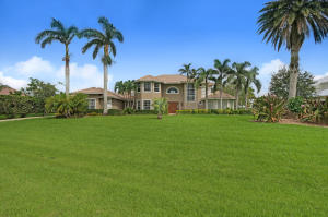 Casa Unifamiliar por un Venta en 12114 Riverbend Road 12114 Riverbend Road Port St. Lucie, Florida 34984 Estados Unidos