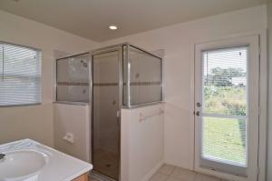 Additional photo for property listing at 1613 SW Neptune Avenue 1613 SW Neptune Avenue Port St. Lucie, Florida 34953 Estados Unidos