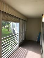Additional photo for property listing at 2301 Lucaya Lane 2301 Lucaya Lane Coconut Creek, Florida 33066 États-Unis
