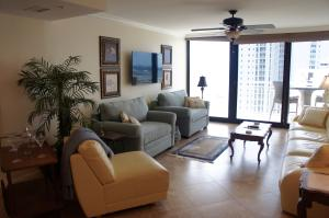 Additional photo for property listing at 3000 N Ocean Drive 3000 N Ocean Drive Riviera Beach, Florida 33404 Estados Unidos