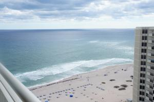 Condominium for Rent at 3000 N Ocean Drive 3000 N Ocean Drive Riviera Beach, Florida 33404 United States