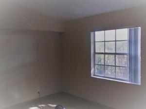 Additional photo for property listing at 1040 Lake Shore Drive 1040 Lake Shore Drive Lake Park, Florida 33403 Estados Unidos