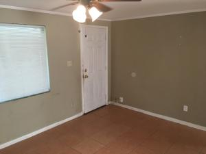 Additional photo for property listing at 2001 N 46th Street 2001 N 46th Street Fort Pierce, Florida 34947 Estados Unidos