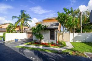 Property for sale at 6516 Contempo Lane, Boca Raton,  FL 33433