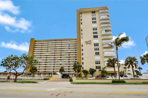 Additional photo for property listing at 1012 N Ocean Boulevard 1012 N Ocean Boulevard Pompano Beach, Florida 33062 United States