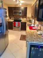 Additional photo for property listing at 5600 N Flagler Drive 5600 N Flagler Drive West Palm Beach, Florida 33407 United States