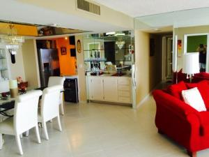 Additional photo for property listing at 5600 N Flagler Drive 5600 N Flagler Drive West Palm Beach, Florida 33407 États-Unis