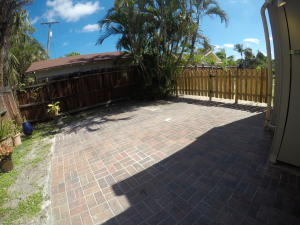Additional photo for property listing at 725 Omar Road 725 Omar Road West Palm Beach, Florida 33405 United States