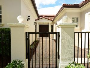 Maison unifamiliale pour l Vente à 1309 Sonoma Court 1309 Sonoma Court Palm Beach Gardens, Florida 33410 États-Unis