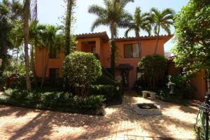 Condominio por un Alquiler en 226 Chilean Avenue 226 Chilean Avenue Palm Beach, Florida 33480 Estados Unidos