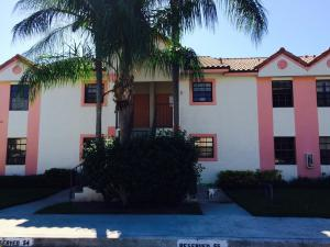 共管式独立产权公寓 为 出租 在 320 Norwood Terrace 320 Norwood Terrace 博卡拉顿, 佛罗里达州 33431 美国
